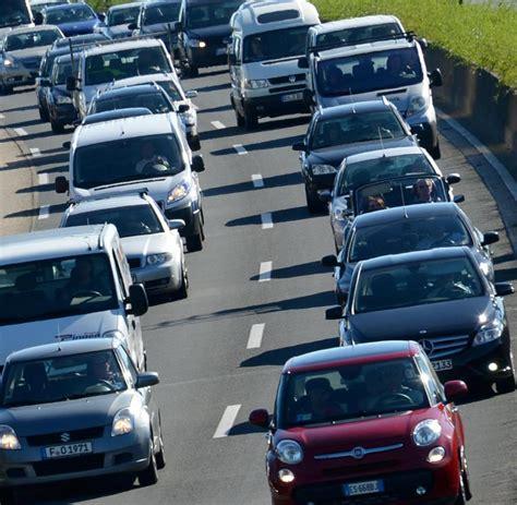 Auto Welt Berlin by Berlin Jugendliche 252 Berfahren Jungen Mit Einem Carsharing
