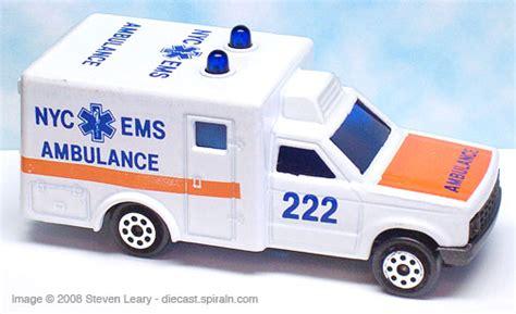 Majorette Ambulance majorette