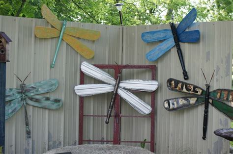 ceiling fan blade craft ideas dragonflies made from ceiling fan blades repurposed life