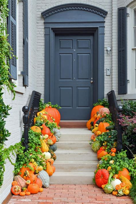 1418 best scarecrows and fall images on pinterest fall season halloween decorations and la la la