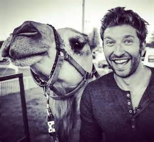 Brett eldredge brett eldredge married brett eldredge dating brett