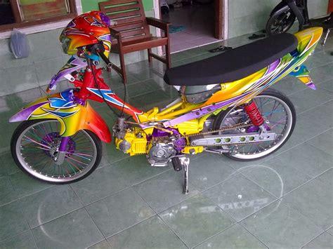 Modifikasi Motor Mio by Modifikasi Mio Racing Look Drag Bike Terbaru Keren