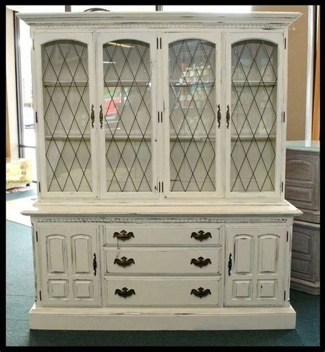 blackberry house paint 1000 images about blackberry house paint on pinterest china cabinet painted night