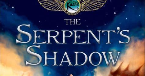 Diskon Novel The Serpent S Shadows Rick Riordan in the middle of a book the serpent s shadow a