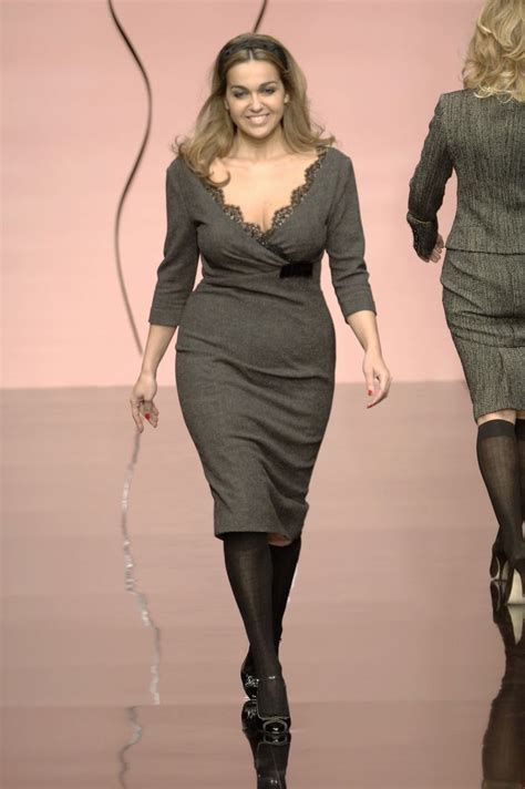 pictures of full figured women best 25 plus size designers ideas on pinterest plus
