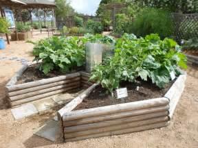 vegans living off the land keyhole gardens how to amp design