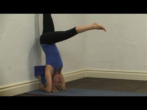 yoga tutorial youtube headstand tutorial with blocks yoga youtube
