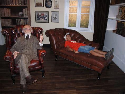 sigmund freud couch bild 9 aus beitrag elvis lebt