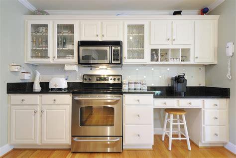 como decorar una cocina al estilo antiguo