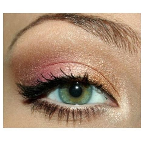 gold pink shimmer eyeshadow makeup hair and