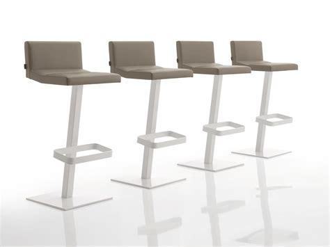 chaise de bar reglable chaise de bar rembourr 233 e en tissu r 233 glable en hauteur inka