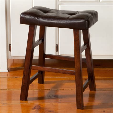 Bar Stool Kitchen Island by Padded Saddle Stool Sturbridge Yankee Workshop