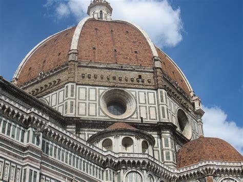 santa fiore brunelleschi the dome of santa fiore in the shadow of the dome