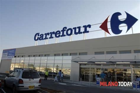 carrefour servizio clienti supermercato h24 in centro ed 232 gi 224 boom di clienti