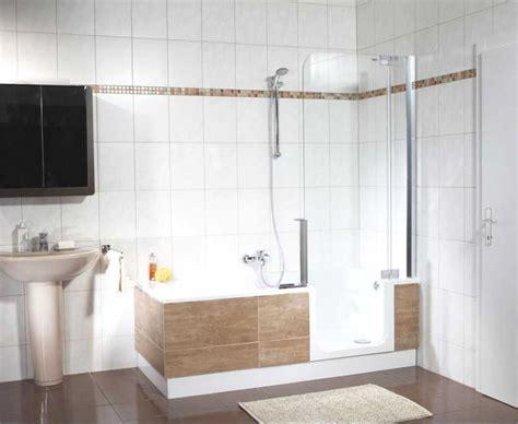 Dusche Und Badewanne badewanne mit dusche und einstieg gispatcher