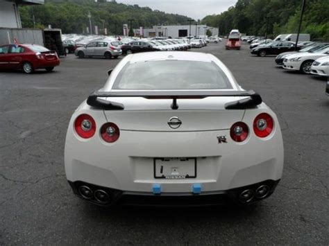 nissan gtr black edition white sell 2014 nissan gtr black edition white black and