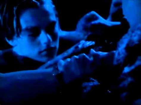 titanic film jack dies titanic jack dies sad movie tv show moments video fanpop