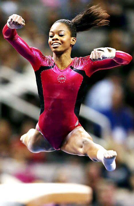 gymnast gabrielle douglas donates olympic items to smithsonian cbs dc us women s gymnastics olympic team 2012 fun fast facts on