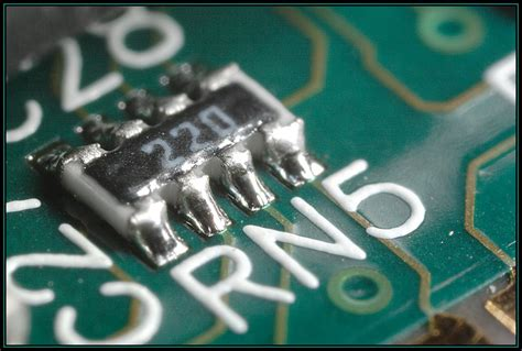 network resistor smt resistor network img 9124 small jpg photo jimhwy photos at pbase