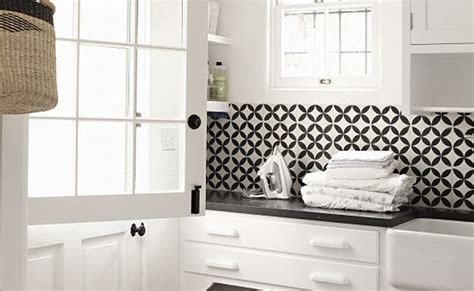 white mosaic tile backsplash black and white backsplash tile photos backsplash