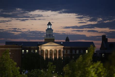 Southern Methodist Mba Class Profile by Smu Admissions Sat Scores Acceptance Rate More