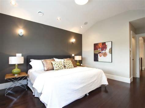 accent walls in bedroom how to update boring walls