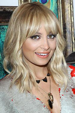 long blonde hairstyles that make you look 10 years younger 1 do long shag 10 hairstyles that make you look