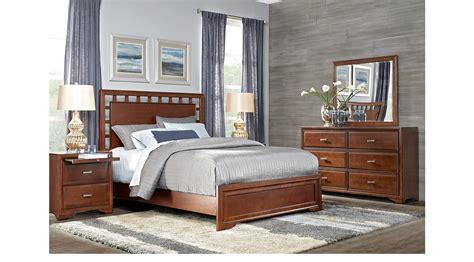7 pc bedroom set belcourt cherry 7 pc queen lattice bedroom panel