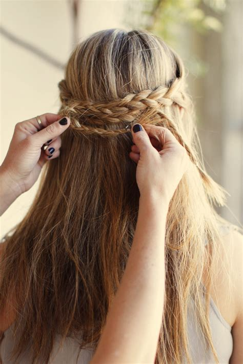diy hairstyles for unwashed hair dirty messy hair easy styling tips