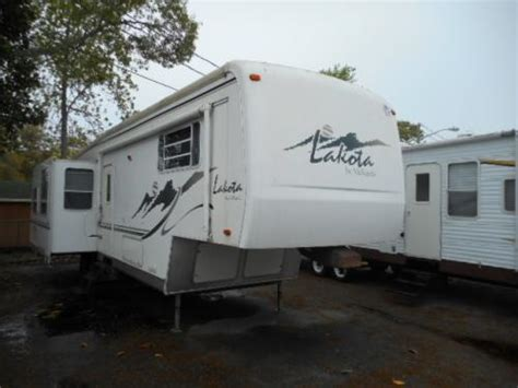 fifth wheel 2002 lakota 34rlt