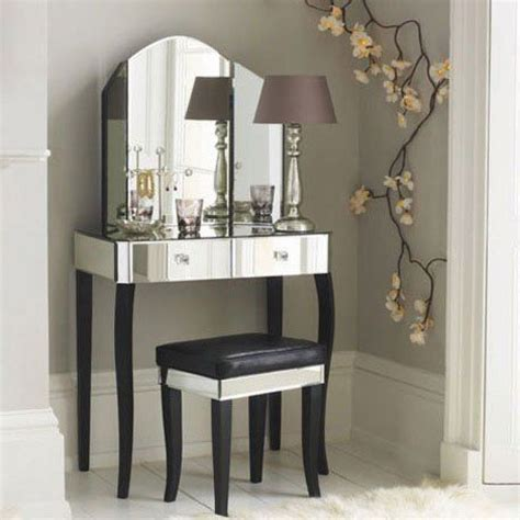 25 best ideas about mirrored furniture on pinterest 25 best mirrored vanity table ideas on pinterest vanity