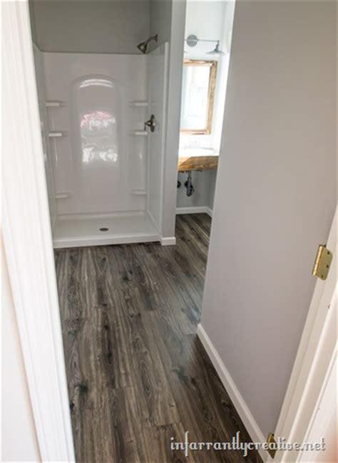 water resistant laminate flooring bathrooms flooring in the bathroom and laundry room infarrantly