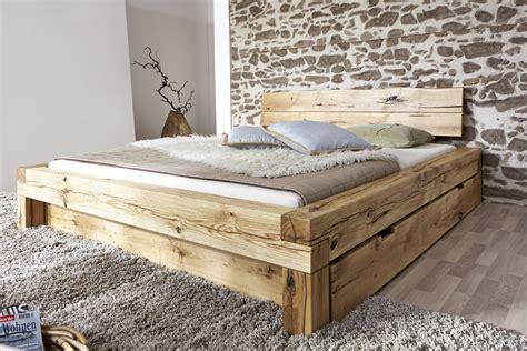 schlafzimmer holzbett die besten 25 holzbett ideen auf holzbett
