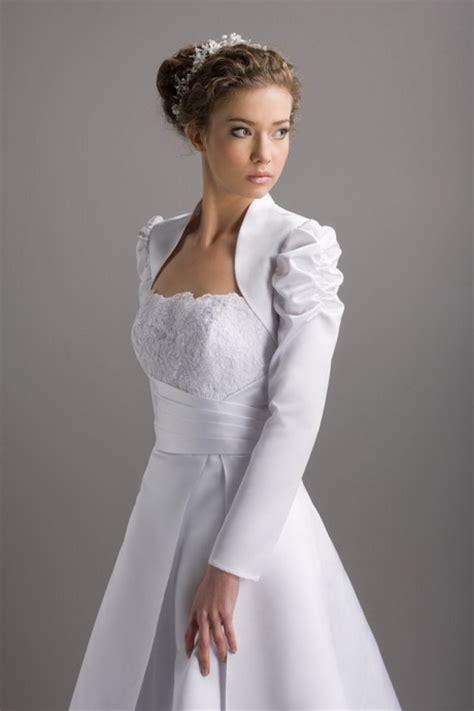Zum Hochzeitskleid by Bolero Hochzeitskleid