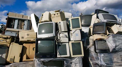 mundo gerou  milhoes de toneladas de lixo eletronico