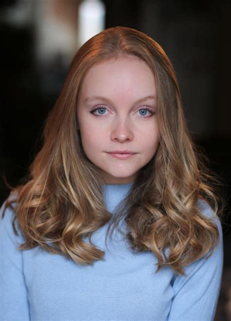 lumosity commercial actress redhead jessica sargent actor london