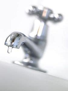 How To Remove Limescale From Faucet by 1000 Ideas About Lime Scale Remover On