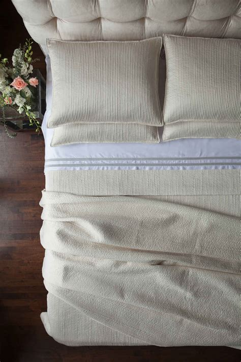 ivory quilted coverlet lili alessandra retro ivory quilted coverlet pillow