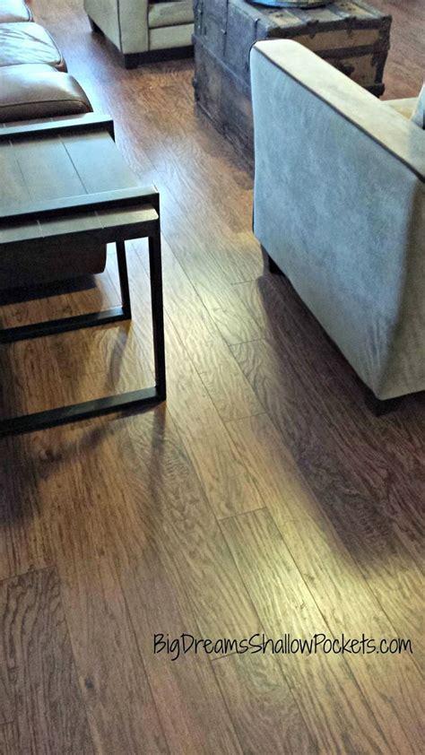 Heritage Hickory Handscraped   Pergo Laminate Flooring