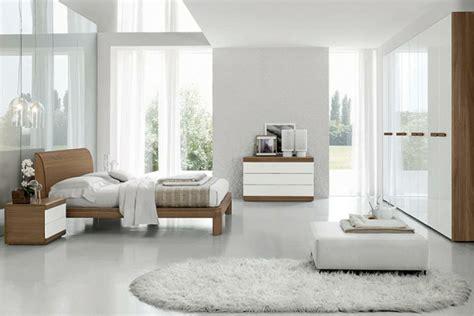 chambre blanche et argent馥 le sommier du lit pour chambre 224 coucher archzine fr