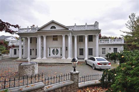 victoria gotti house i need at least 3 millon dollars