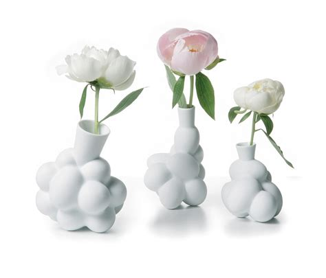 Moooi Vase by Egg Vase Small Vases From Moooi Architonic