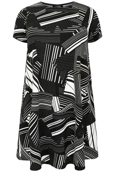 Geo Print Dress black white geo print swing dress plus size 16 to 36