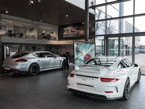 Porsche Centre Bristol by Porsche Centre Bristol Why Buy An Approved Pre Owned