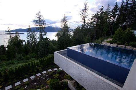West Vancouver   Suspended Infinity Pool   Modern   Pool