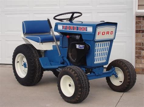 Ford Garden Tractor forde 100 lawn garden tractor ford blue ford tractors