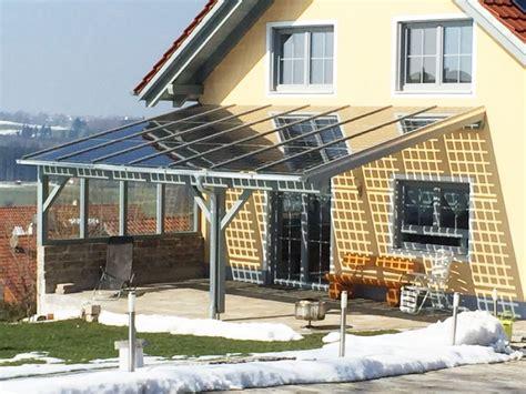 carport mit terrassendach pin terrassendach als carport mit integrierter markise on