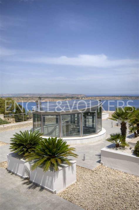 malta in vendita villa vista mare in vendita a mellie筵a malta