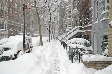Winter Storm Bomb Watch Begins From New York To Europe