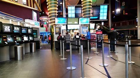 cineplex rathburn cineplex cinemas mississauga kanada omd 246 men